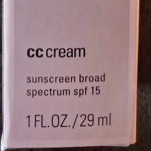 Mary Kay CC cream (VERY DEEP)